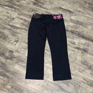 Lululemon Black Floral Groove Crop Leggings Size 8